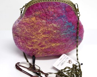 Pink wool felt cross body bag purse after five clutch hand bag Australian Merino wool gifts for women kiss lock purse 11641