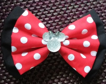 Classic Minnie Mouse bow