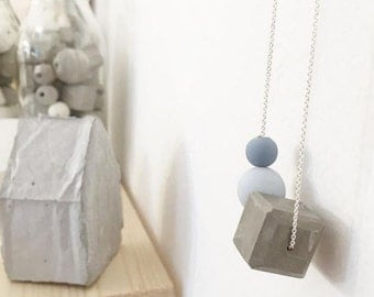 TRIO necklace with wooden and concrete CUBE