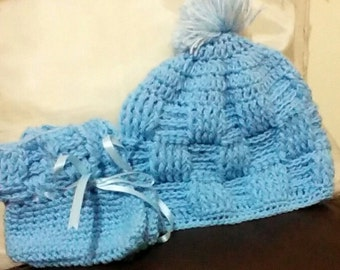 Blue baby crochet hat and bootie