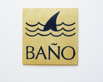 Bathroom Sign / Restroom Sign / Baño / Spanish / Shark