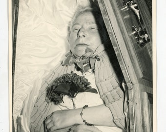 Lady in open casket - post mortem photo - dead woman deceased- death, funeral, mourning, catholic rosary - old lady in coffin