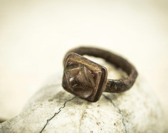 Ancient Old Bronze Ring With Image, Viking-Bronze , ancient-Viking-Bronze