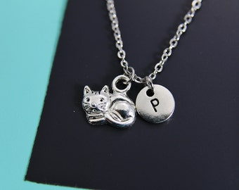 Cat Neckalce Silver Cat Pendant Charm Necklace Kitty Cat Necklace Animal Jewelry with Personalized Initial Necklace Monogram Custom Jewelry