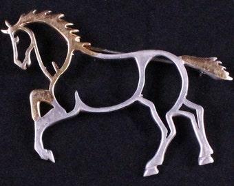 Vintage Sterling Silver Outline Horse Brooch by Paststore