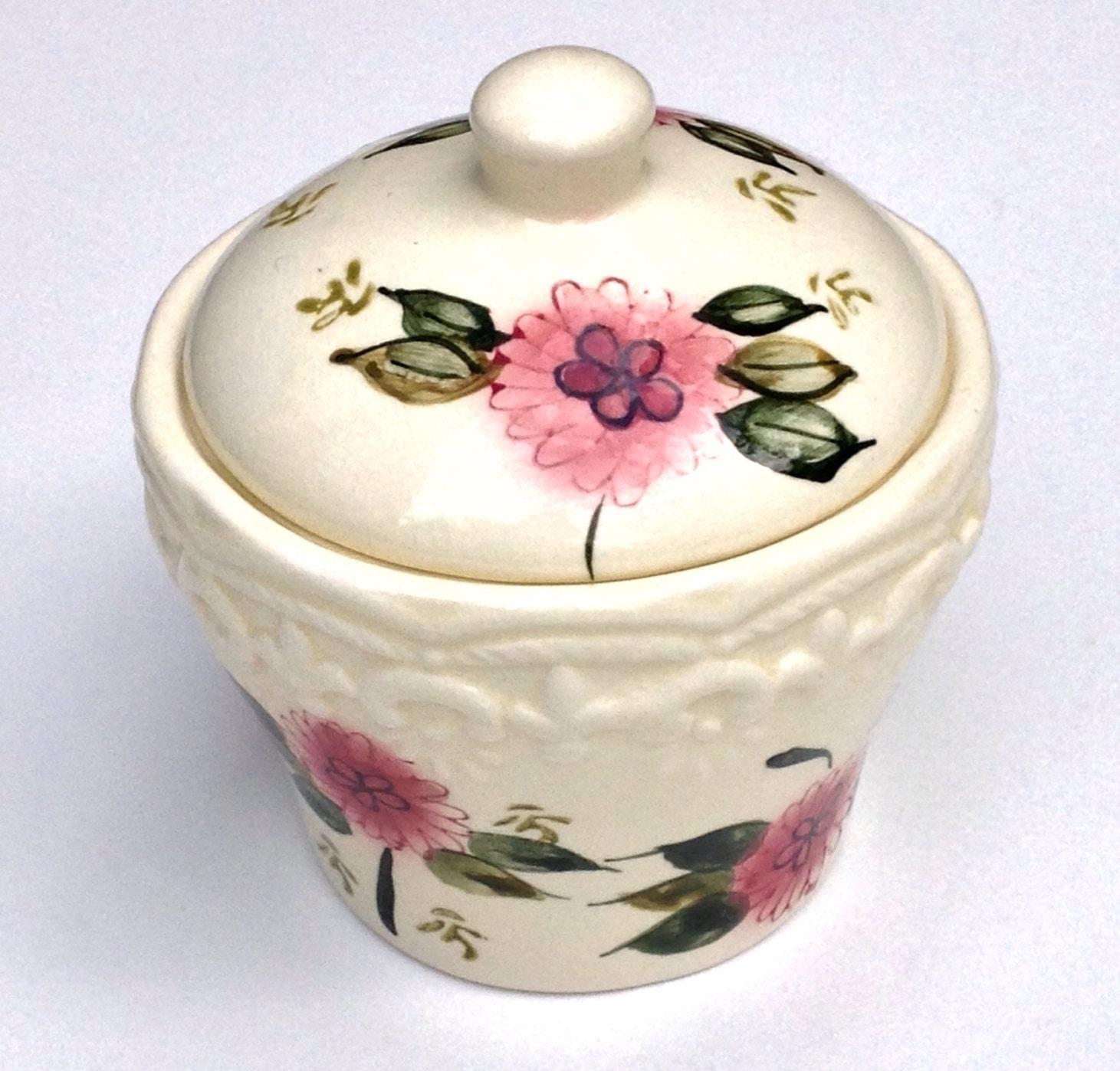Sugar Bowl Vintage 1960's Royal Norfolk Embossed With