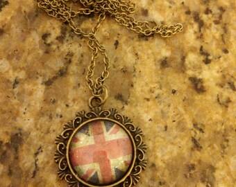 Cameo necklace English flag