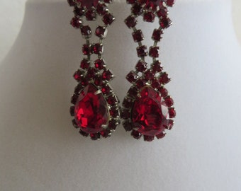 Vintage Ruby Red Earrings Valentines Day Red Crystal Earrings Vintage Earrings Red Rhinestone Earrings Royalty