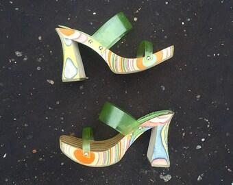 Vintage 90's does 70's SODA Multicolored Platform Sandals Size 6