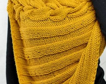 Shawl acrylic mustard-colored and hand-woven Alpaca