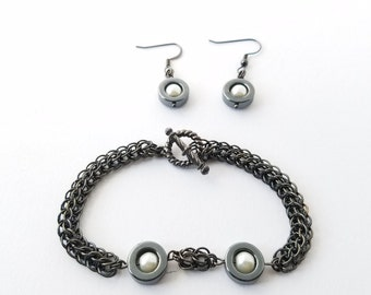 Hematite chainmaille bracelet and earrings set - handwoven in the full persian weave