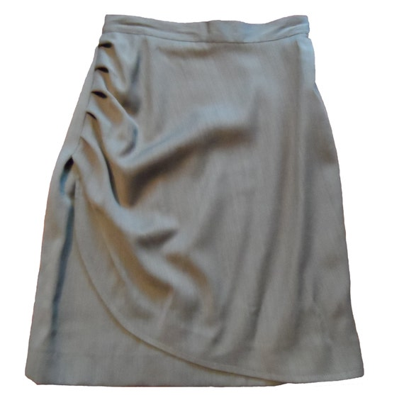 BAGUTTA Italian made knee length skirt in olive wool & viscose, gathers at hip - Size 38 - vintage
