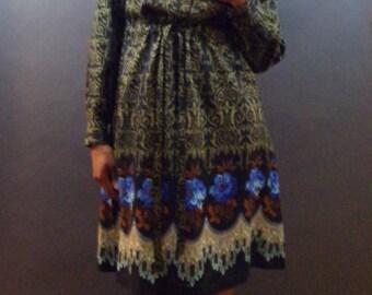 SALE Vintage 1990s Floral & paisley dress