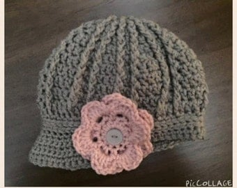 Handmade crochet newsboy hat with interchangeable flowers