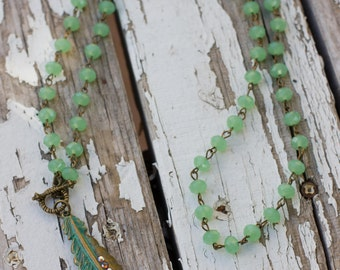 Green Feather Nacklace