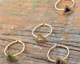 V stone adjustable gold plated rings
