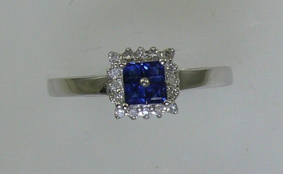 Sapphire 0.31ct Ring with Diamonds 0.07ct 14k White Gold
