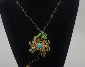 He Loves Me...Necklace, Daisy Necklace, Flower Necklace, Spring, Summer, Daisy, Flowers