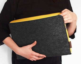 FELT LAPTOP SLEEVE 02 macbook cover dark gray with yellow zipper all sizes avaliable 11, 13, 15, 18 inch laptop notebook case