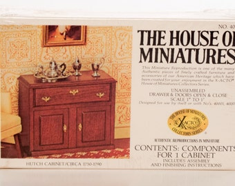 House of Miniatures Hutch Cabinet