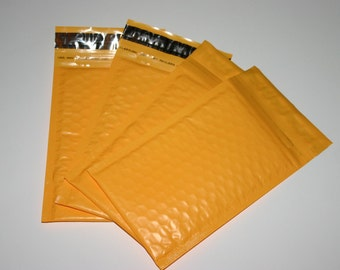 25  4x8 PASTEL ORANGE Bubble Mailers Size 000 Self Sealing Shipping Envelopes Spring