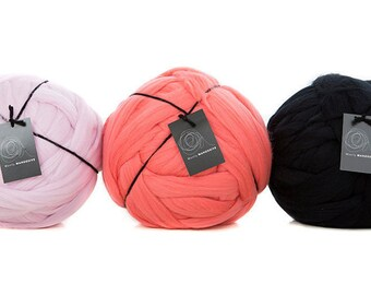 4 kg Giant merino super chunky yarn. For blankets throws giant needing needle, hand knitting. 19.5 micron superfine.