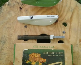 FREE SHIPPING! Scoville Vintage Electric Knife, Model 917B, Green or Ivory - buyer chooses, made in USA! Brought to you by UsefulRetro!