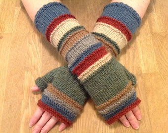 Hand knitted hand/arm warmers