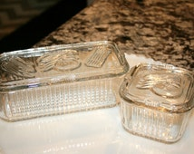 Two Federal Glass Refrigerator Dishes//Refrigerator Storage//Vegetable Storage//Vintage Refrigerator Dishes