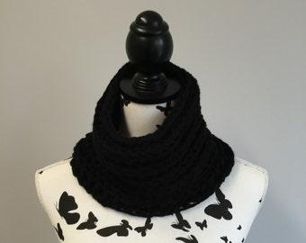Handmade Chunky Crochet Cowl / Neck Warmer - choice of colours