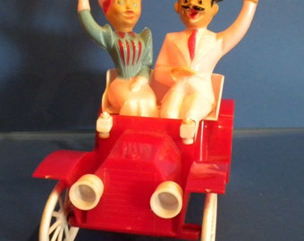 Rosbro Valentine Ride in a Jalopy Candy Container