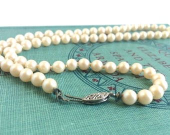 Pearl Necklace - Faux Pearl Necklace - Silver Hook Clasp Pearl Necklace - 1950's Pearl Necklace - 1950's Necklace - Pearl Bridal Necklace