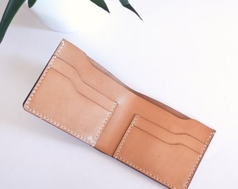 Bifold Wallet in ALMOND color leather | Slim Wallet