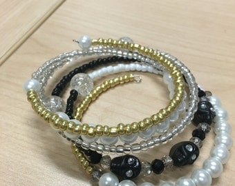 Pearl, Gold & Black Skull Loop Bracelet