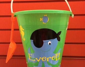 Sand pail with Octopus/sand Pail/ octopus beach Bucket/ Custom Octopus Beach Bucket