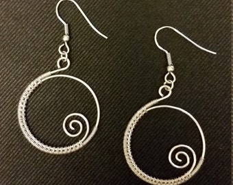 Handmade, wire wrapped spiral earrings