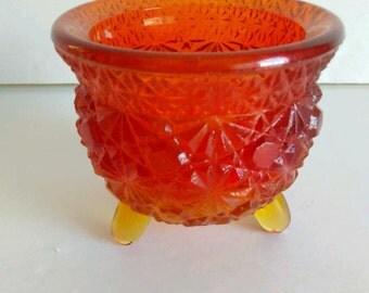 Pressed Glass Amberina Daisy & Button Bowl
