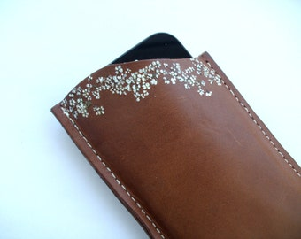 Leather Celle Phone Case With Pressed Flowers,Eyeglasses Case, Unique Case, Mom Gift, Gift For Her