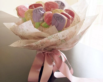 Flower Sugar Cookies Bouquet with Wrapped Container