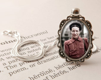 Simone de Beauvoir Pendant Necklace - Beauvoir Jewelry, Existential Pendant, Feminist Gift, Vintage Necklace, Simone de Beauvoir Jewellery