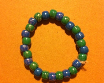 Plastic bead bracelet