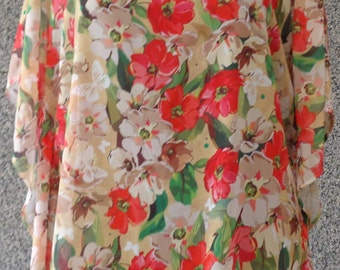 T-Shirt with roses flower print
