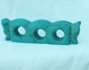"""Antique Chinese Turquoise Three Holed Hong Shan Cluture """"Shou-Wo"""" Figurine Statue"""