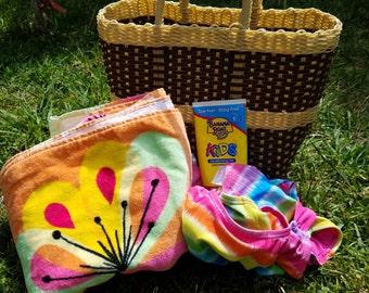 Beach Bag made w/ Woven Plastic