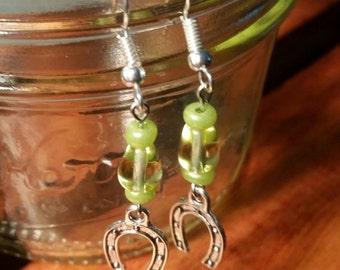 Horseshoe Earrings!