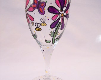 Flowers and Bees Wine Glass - Pink and Purple