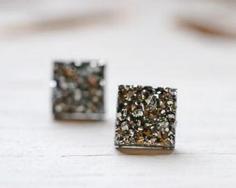 Shiny Gray Druzy Stud Earrings, 12mm Square Druzy Earrings Metallic Glitter Faux Drusy Posts Glittering Gunmetal Grey Stainless Steel Studs