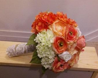 Silk wedding flower arrangements and boutonnieres