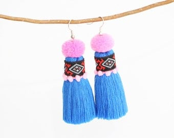 Pretty Tassel Earring With Embroidered Lace & Tiny Pompom Women Fashion Jewelry