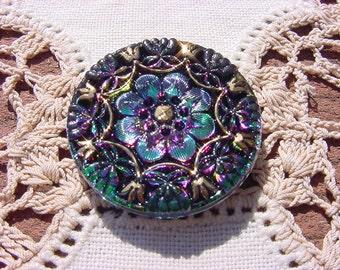 Emerald Golden Framed Floral Pattern Czech Glass Button